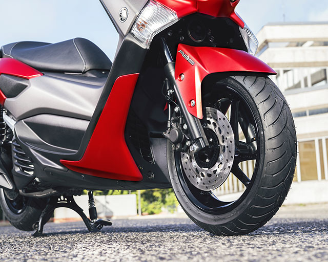 https://www.yamahas.nz/i/Images/Models/Road/Scooter/Nmax155/Features/NMax155_3.jpg