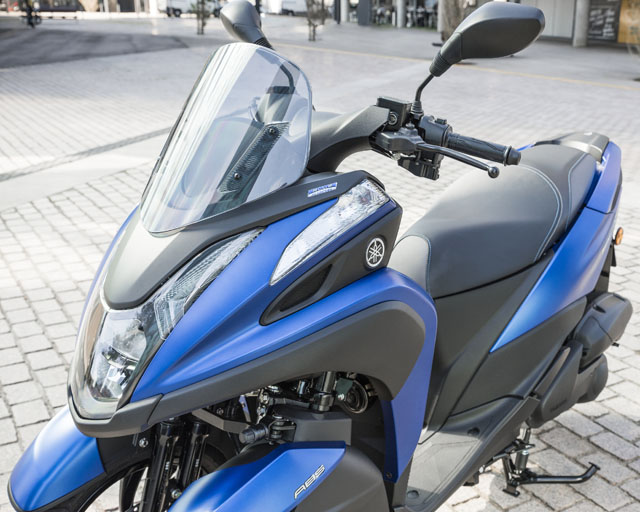 https://www.yamahas.nz/i/Images/Models/Road/Scooter/Tricity155/Features/Tricity155_4.jpg