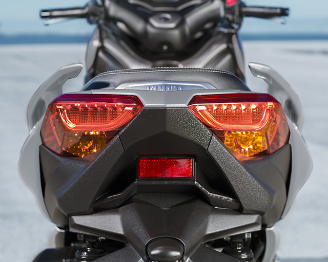 https://www.yamahas.nz/i/Images/Models/Road/Scooter/XMax300/Features/XMAX300_5.jpg