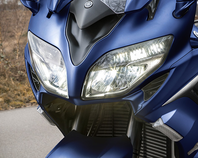 https://www.yamahas.nz/i/Images/Models/Road/SportTouring/FJR1300AE/Features/FJR1300_7.jpg