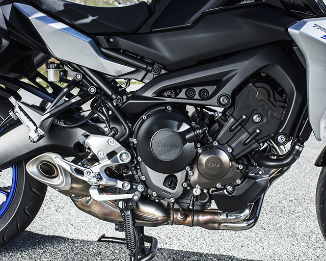https://www.yamahas.nz/i/Images/Models/Road/SportTouring/MT09TRGT/Features/MT09TRGT_5.jpg