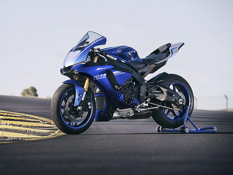Yamaha YZF-R1 Gallery
